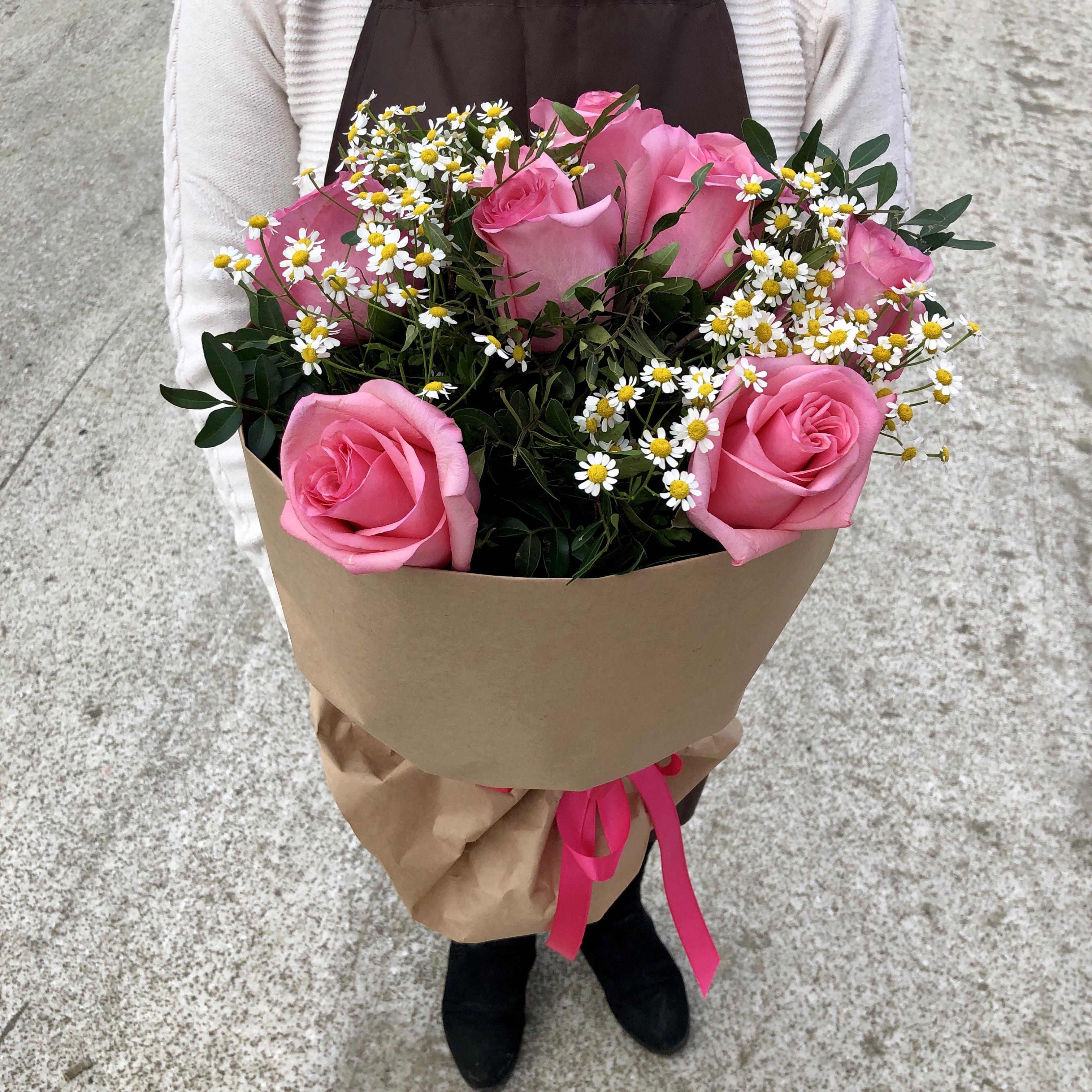 Срочная доставка цветов ночью киеву. оригинальные букеты. скидки. київ, свадебный букет
